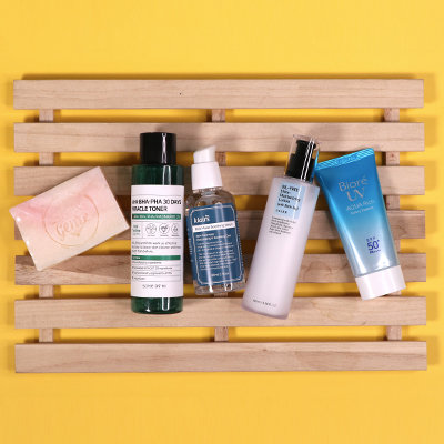 The Oily Girl's Skincare Guide to Surviving Summer Humidity