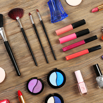 5 Best Storage Solutions for Makeup Hoarders