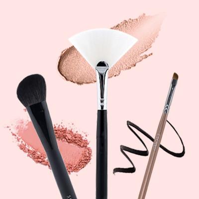 6 Makeup Brushes Every Beginner Needs