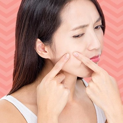 Makeup to Avoid for Acne Scars