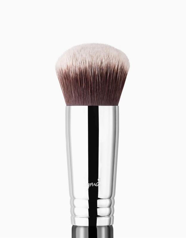 F82 Round Kabuki™ Brush by Sigma