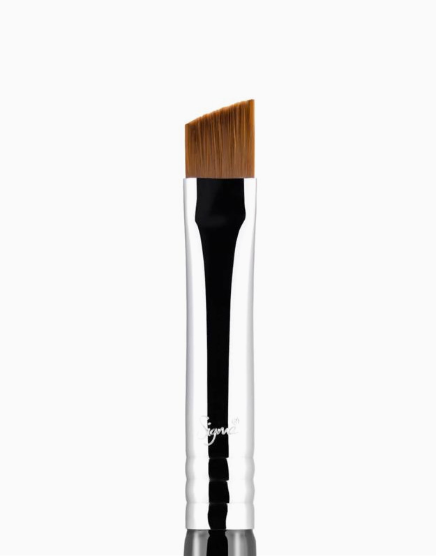 E68 Line Perfector™ Brush by Sigma