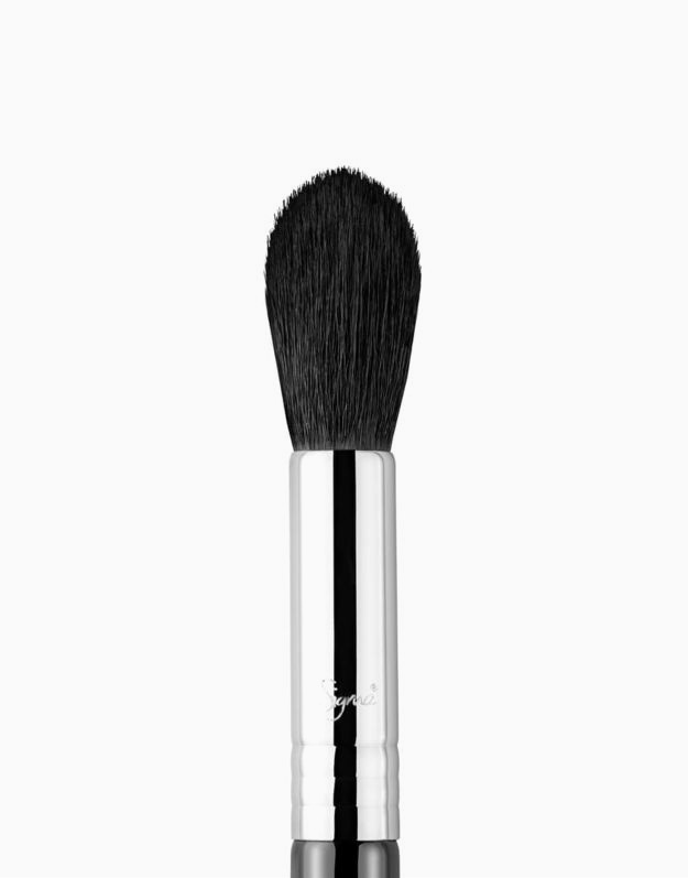 F35 Tapered Highlighter Brush by Sigma
