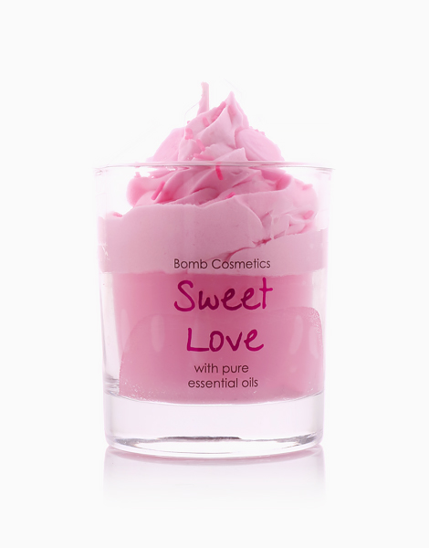 Sweet Love Piped Candle by Bomb Cosmetics