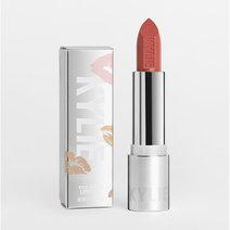 Kylie lipstick creme madeleine