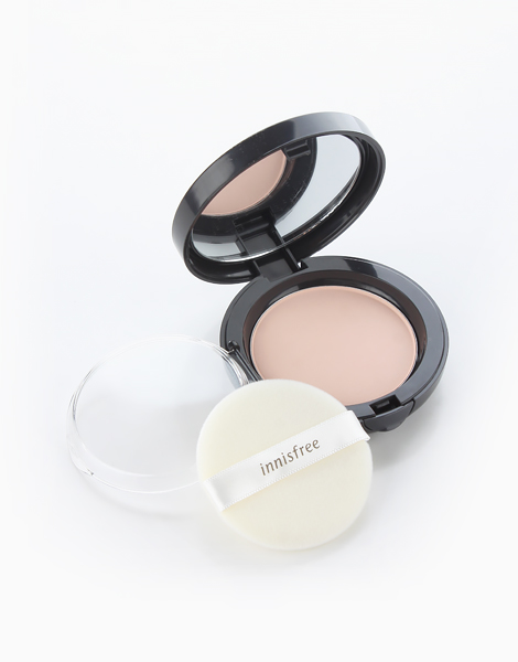 Pore Blur Pact by Innisfree