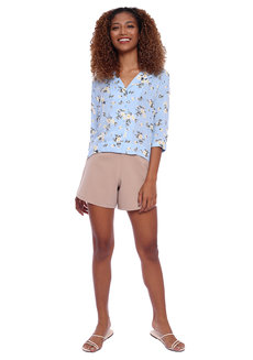 Floral Resort Shirt With Quarter Sleeves by Glamour Studio