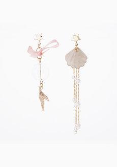 Kelly Earrings by Chichii