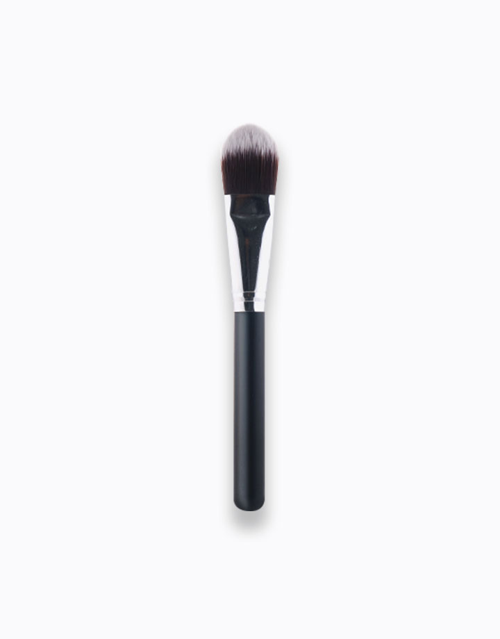 Pro Foundation Brush by PRO STUDIO Beauty Exclusives