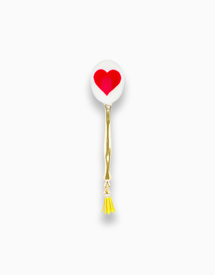 Golden Heart Oval Brush with Cover by PRO STUDIO Beauty Exclusives