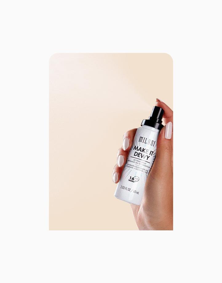 Make It Dewy 3-in-1 Setting Spray Hydrate + Illuminate + Set by Milani