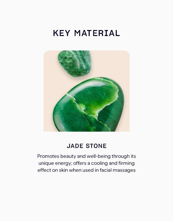 3 jade roller treats on us