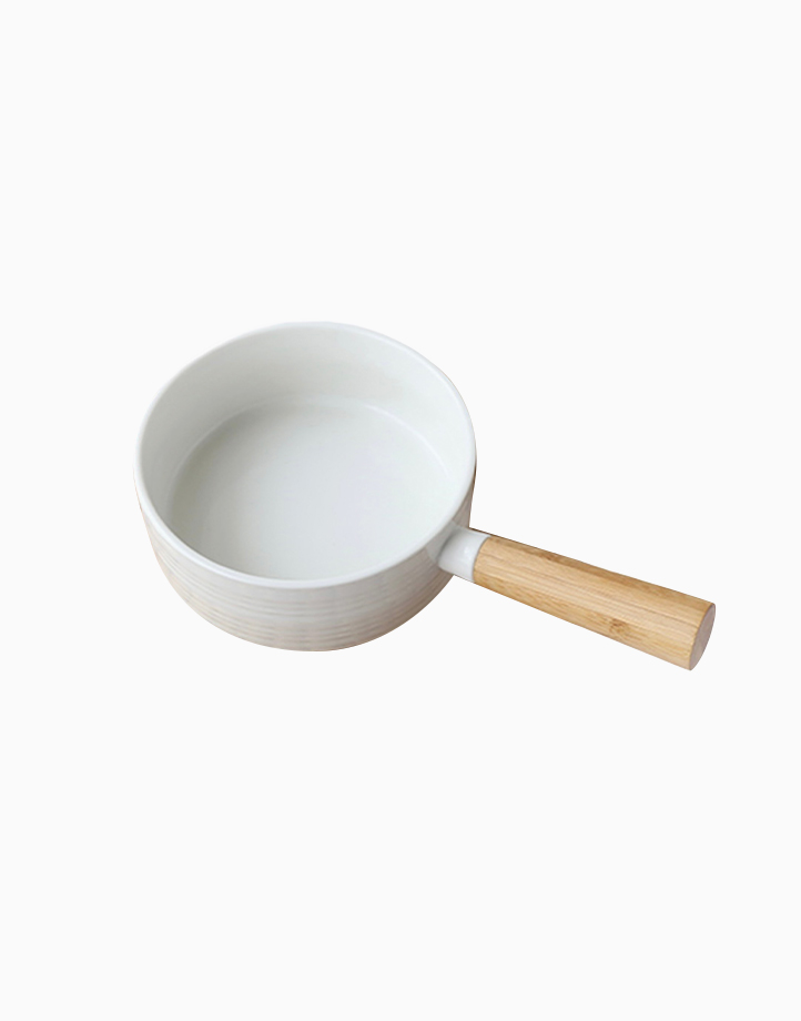Cera-Bowl with Wooden Handle by cozsho