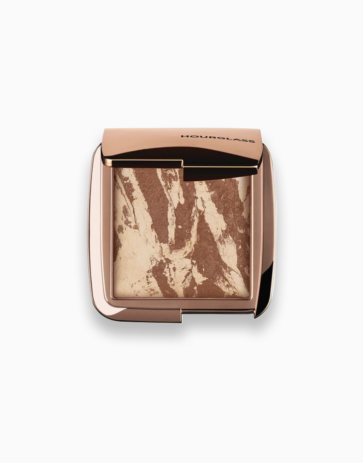 Ambient Lighting Bronzer by Hourglass | Diffused Bronze Light