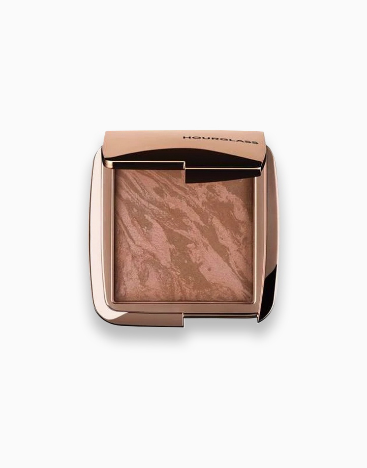 Ambient Lighting Bronzer by Hourglass