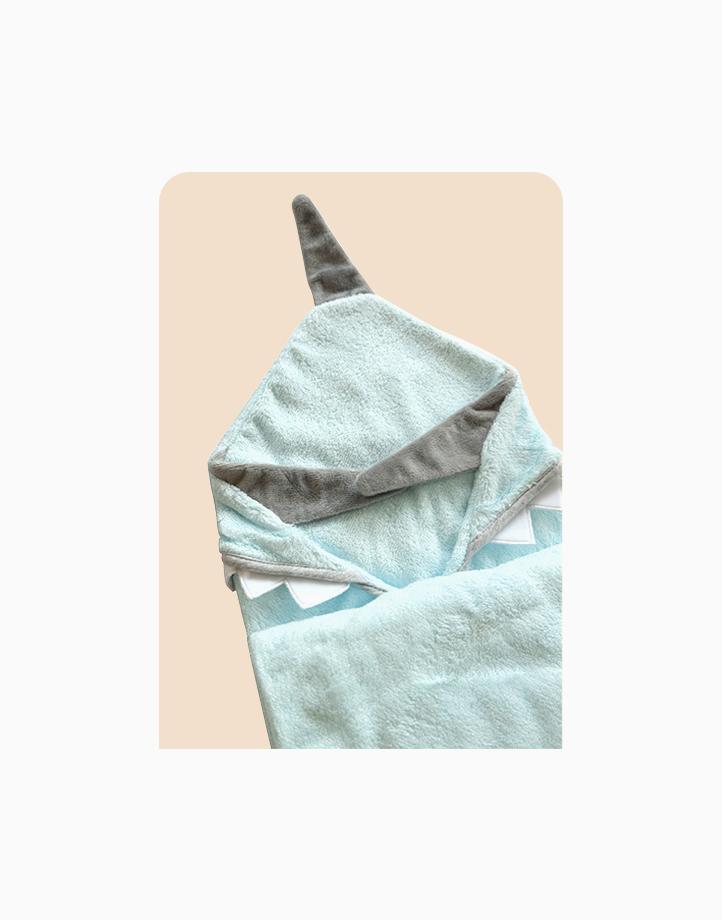 Bamboo Hooded Towel & Washcloth Set - Blue Shark by Nuborn Baby Essentials