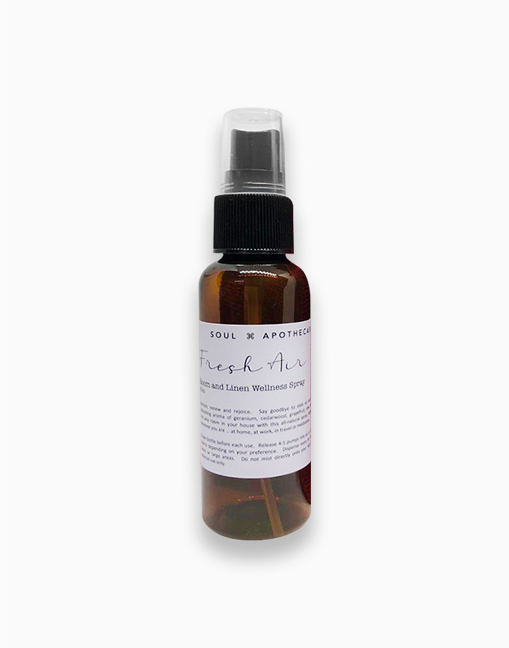 Wellness Spray in Gray Gift Pouch by Soul Apothecary | Fresh Air