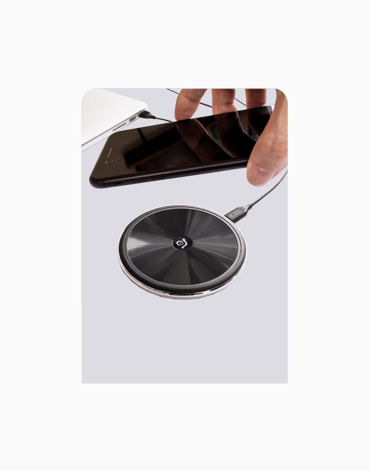 OMNIA Q1 Wireless Charging Pad by Adam Elements   Black