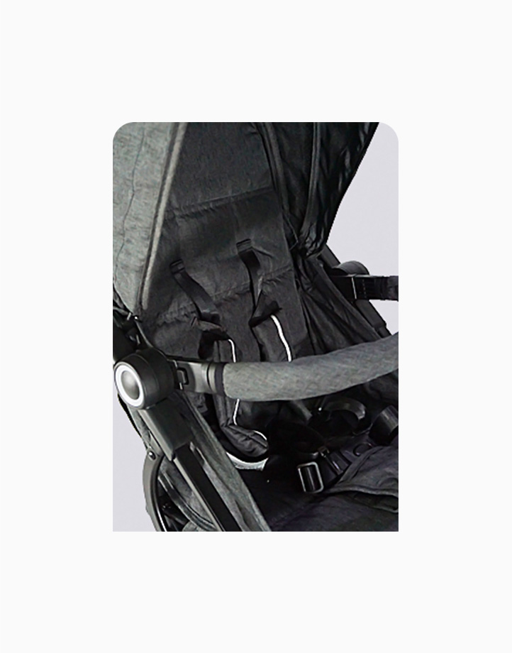 Alvix Stroller by Akeeva | Light Grey