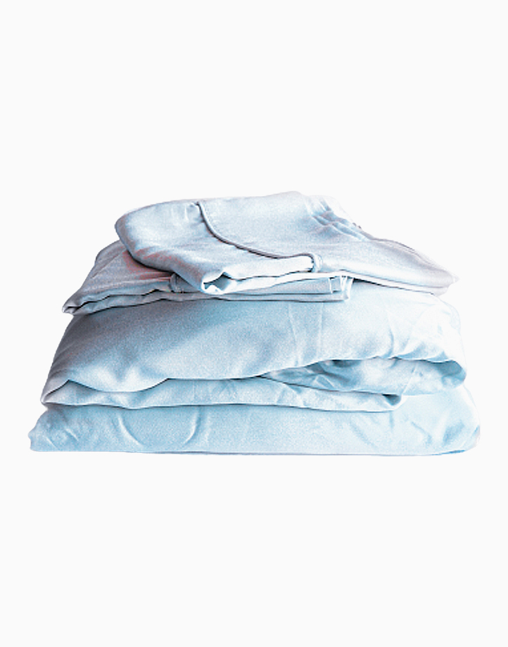 Hardcore Bamboo Bedding Bundle - 4in1 Queen Set by Mysa | Ice Blue