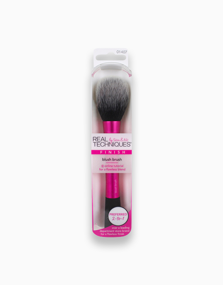 Blush Brush by Real Techniques