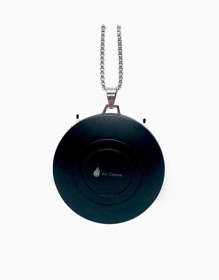 Air Purifier Necklace in Black by AirCleene