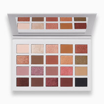 Madison Beer Channel Surfing Artistry Palette (Damaged Packaging) by Morphe