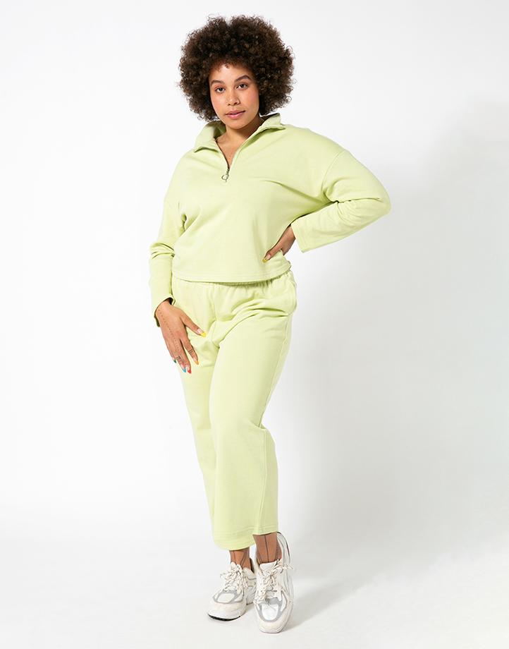 Comfort Zone Pant in Pandan by Recess | XL