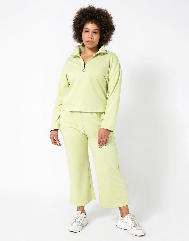 Comfort Zone Pant in Pandan by Recess | L