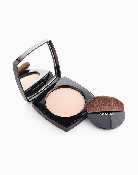 Les Beiges Healthy Glow Sheer Powder SPF15 by Chanel | N10