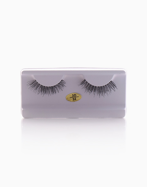 3D Lashes in Alexa #32 by Lash Bar Inc.